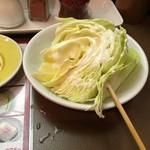 秋吉 - キャベツも美味かった。