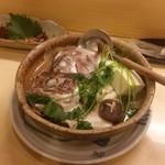 寿司 味処 河童 - 鯛の骨むし。むちゃ旨い。
