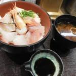 63773847 - 海鮮丼