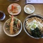 まるや - 料理写真:Aセット(半かけうどん+ミニ天丼)