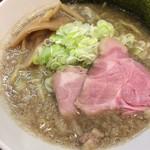 麺屋りゅう - 背脂煮干しそば(アップ)