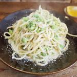 ネマルカフェ - ブロッコリーと枝豆のクリームスパゲティ(950円)