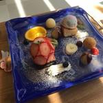 カフェ ドーン - いちごのバルーンケーキ
