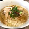 実垂穂 - 料理写真:無添加魚介出汁の中華そば塩 750円