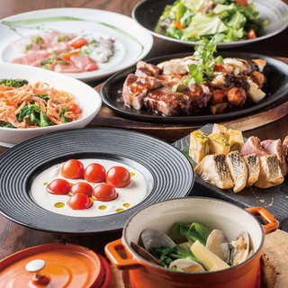 食材と調理にこだわった和洋カジュアルメニューの数々