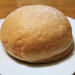 パンのトラ - いちごのメロンパン