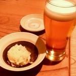 魚金 - 魚金 4号店@新橋 ビールとポテトサラダ(お通し)