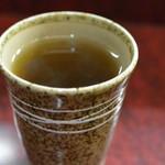 炭焼 うなぎと旬菜 藤城 - 温かいお茶を最後に頂きます