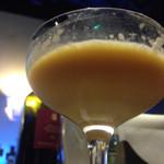 Bar QUEST - こちらも飲みかけすみません…アレキサンダー。
