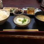 瑞穂 - サバの煮付け定食(700円)