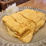 63804901 - 猪口屋・だし巻き卵はフワトロ、旨みたっぷり                       こりゃ日本酒が欲しくなる。