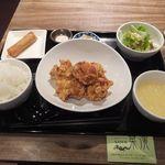 chuukadainingusaien - 「鶏唐揚定食」(ご飯&お粥お代わり自由)(850円込)(2017年3月)