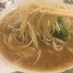 万丈 - 原田製麺の麺
