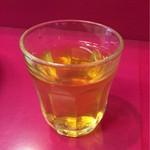 豚平 - 〆は糖分入りのレモンティー