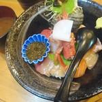 一寸法師 - 海鮮丼(上) 1,000円