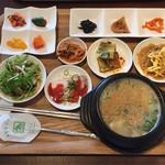 キムチのミズノ - サムゲタンスープ定食  ¥1000