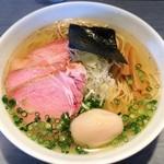 らぁめん 喜乃壺 - 煮干蕎麦(塩)+焼豚(低温調理&直火)+味玉