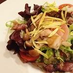 ビストロ クール - ホタルイカとキノコのソテー サラダ仕立て