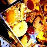 旭軒 - クッキーボックス