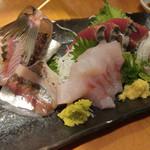 沼津魚がし鮨 - 地魚4点盛り
