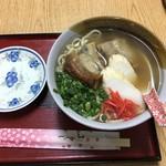 ちゃんぽん - ソーキそば:いいダシ