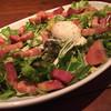 ビストログー   - 料理写真:厚切りベーコンととろ~り温玉のサラダ