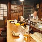 赤垣屋 - カウンター席