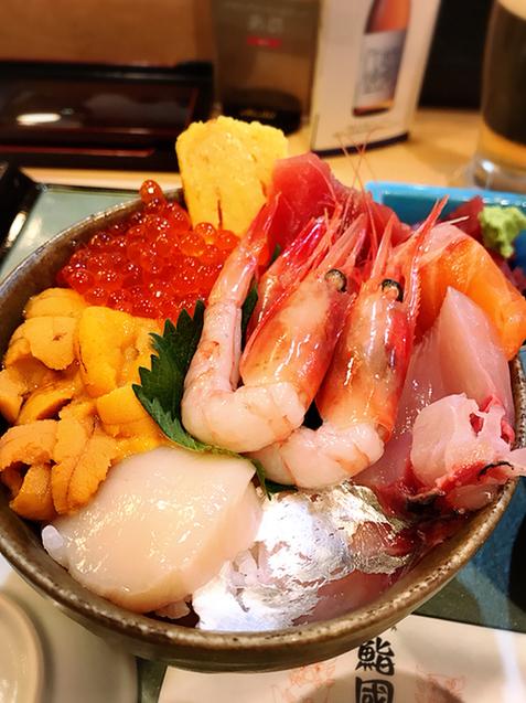 鮨國 - ウニいくら海鮮丼¥3400✨ 海鮮盛り沢山