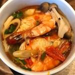 タイレストラン タニサラ - トムヤムクン