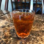 タイレストラン タニサラ - ナムガシアップローゼルジュース