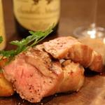 熟成肉×Bistro OGINO - 当店一押しの 群馬県産「愛豚」の15日間熟成した珍しい逸品です。 「熟成肉の感動は牛より豚のほうが大きい」 との声を多数頂いているくらい、特にオススメしたい逸品です。