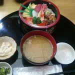 利寿司 - 料理写真:セット内容