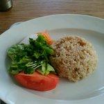 63819048 - お野菜のスパイスカレーの玄米ご飯とサラダ