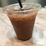 Caffe Luca - シロップとフレッシュを入れましたー