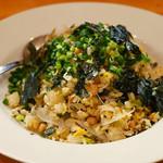 しのだ家 - 高菜と納豆玄米焼飯