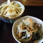 すずひろ - コロッケ定食(副菜)