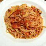 イタリア料理 小西屋 - 紅ずわいがにとキノコのトマトソース
