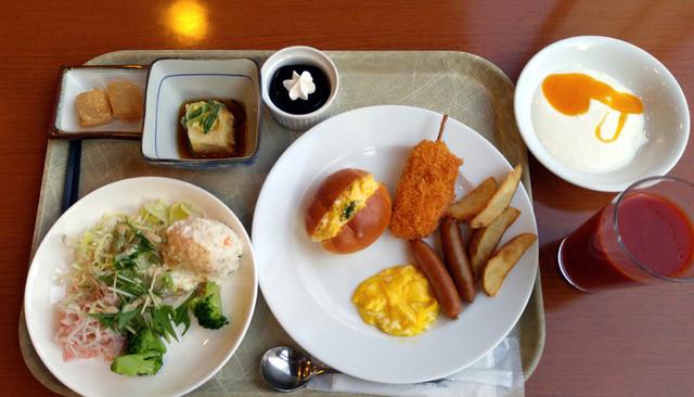 https://tblg.k-img.com/restaurant/images/Rvw/63828/640x640_rect_63828854.jpg