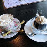 三峯神社 小教院 - ウインナーコーヒーとコーヒーゼリー
