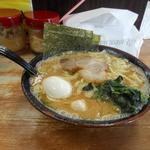 63831799 - 醤油ラーメン(中)+味玉