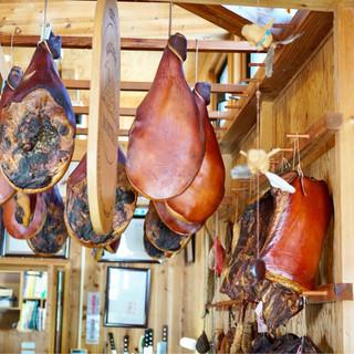 キュルノンチュエ - 料理写真:燻製料理