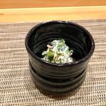 すし暁 - 菜の花の白和え