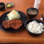 とんかつ小野 - 料理写真:ロースかつ定食 980円
