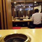 赤坂アリラン - 座敷席は堀炬燵。ゆったりしてます。