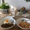 キッチン&コーヒーCACTUS - 料理写真:ナスとミンチのドライカレーとトムヤムクンチャーハン