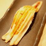 雛鮨 - 高級寿司食べ放題(3,990円+税)の『穴子一本にぎり』2017年3月
