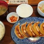 餃子の花家 - 餃子(5個)と小ライスセット810円