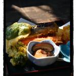 木の小屋 - 野菜天ぷらミニとおまけの椎茸煮