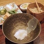ごだん 宮ざわ - 土鍋白米、香の物、自家製じゃこ山椒白味噌