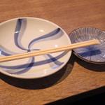 Sakanarobataumiza - 2017年3月 皿と箸